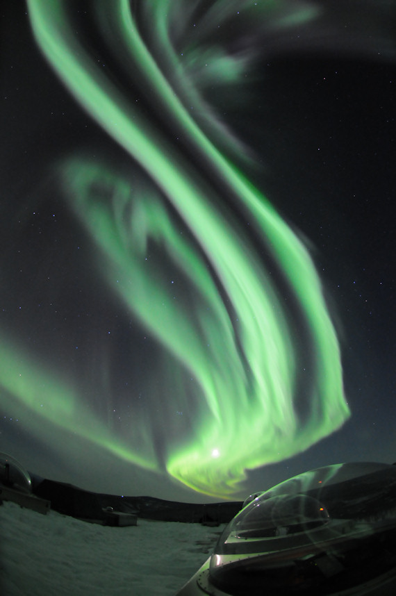 aurora borealis research paper Scientists solve 30-year-old aurora who reports the research in the july 24 online july 25) scientists solve 30-year-old aurora borealis mystery.