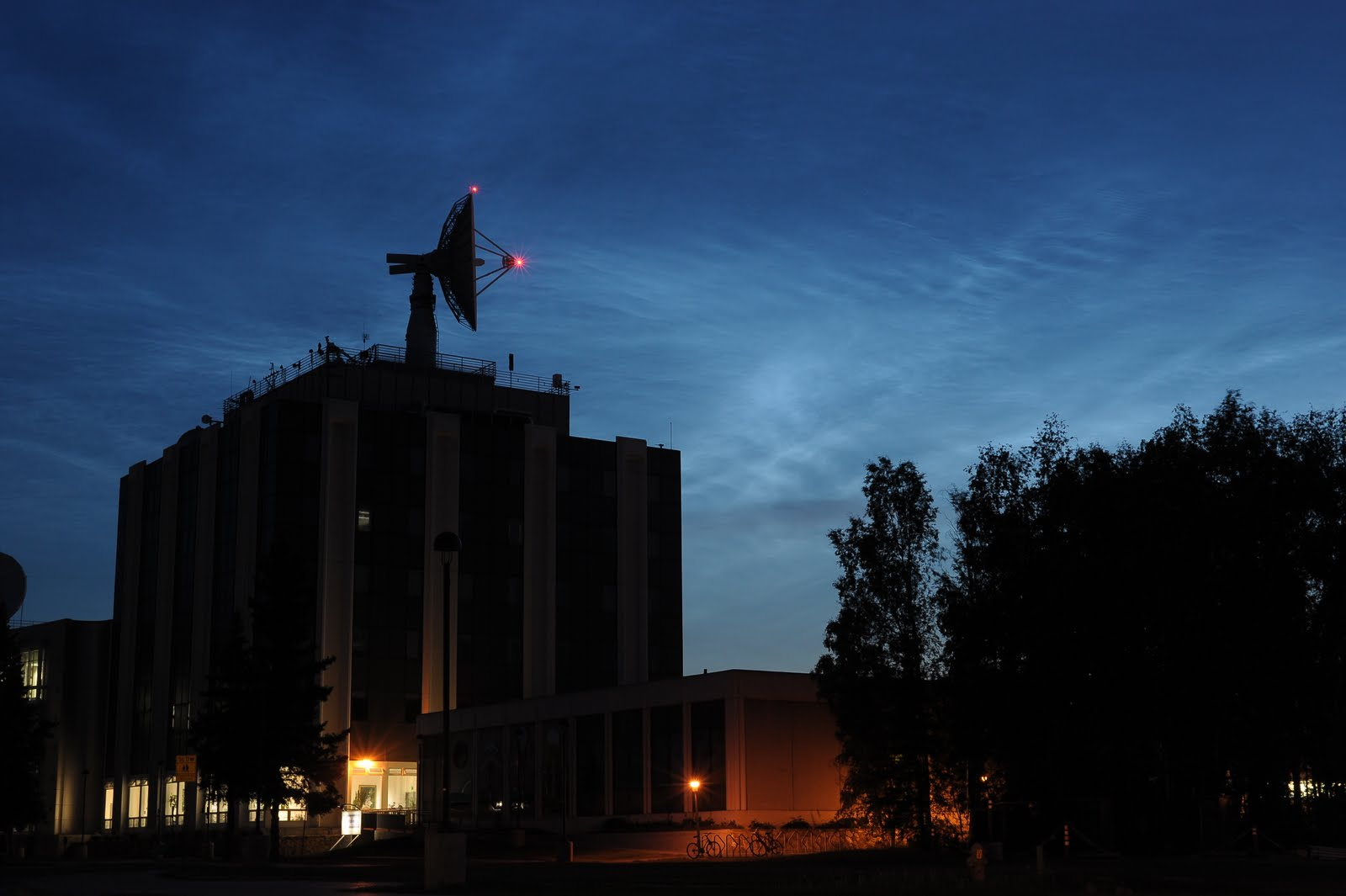 Noctilucent clouds behind the University of Alaska's Geophysical Institute